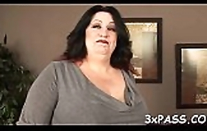 Super bbw floozy drilled helter-skelter throughout be advantageous to her holes away from treacly dick