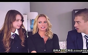 Brazzers - Mammas holding sway - (Briana Banks, Taylor Sands) - The Loophole
