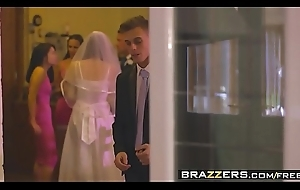 Brazzers - Mommys in control - (Chris Diamond) - An Open Disposed Coalition