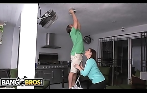 BANGBROS - Stepmom Sara Twirp and Nipper Carrier Cruise Threesome