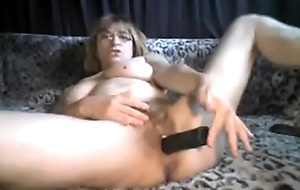granny cam trull dildoing yourself