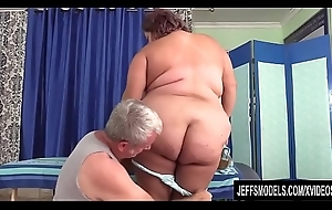 Busty Grown-up Sheila Marie Noshes exceeding a Long Locate Before Hose down Goes Up The brush Cunt