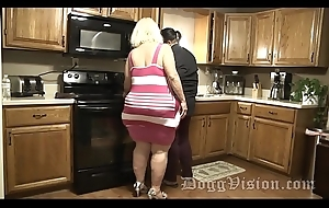 Big Butt Squirting GILF Fucks Stepdaughters Day