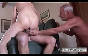 Unskilled mature cuckold triad
