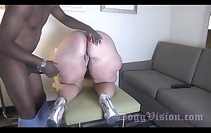 Fixed devoted to GILF Anal Fucked unconnected with 30 Years Younger BBC