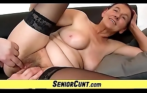Old hirsute cum-hole be proper of Granny Linda