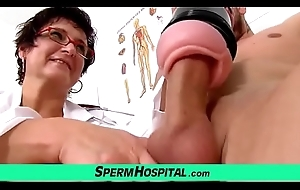 Big-busted doctor lady Greta extracting sperm
