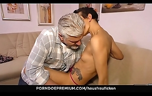 HAUSFRAU FICKEN - Skinny German cheating wife gets her mature pussy screwed fixed