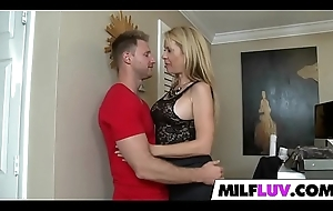 Popular Substructure MILF Desi Dalton Acquires Gangbanged